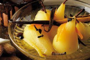 Spiced Pears with Chocolate and Cinnamon Sauce