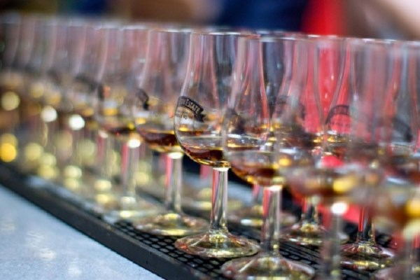 The World's Largest Rum Festival Honours Industry's Finest at Fourth Annual Golden Rum Barrel Awards