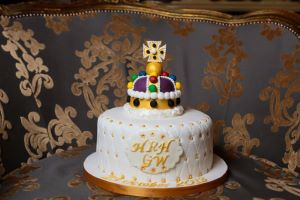 Dr. Oetker Commission Stacie Stewart to Create Un-Official Royal Baby Christening Cake