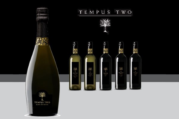 Put the Sparkle into Valentine's Day With Tempus Two Blanc De Blanc