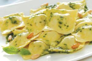 Giovanni Rana's Mozzarella, Tomato and Olive Ravioli