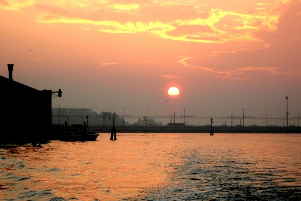 Venice Uncovered - The Truth Behind the Romance