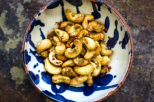 Thai Spiced Chilli Cashews