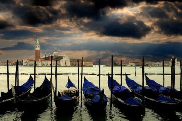 Master the Art to exploring 'Hidden Venice' with Andante Travels
